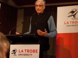 Rajmohan Gandhi delivers the 2013 Sir John Quick Lecture