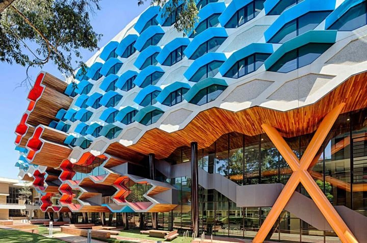 la trobe ranks in world top 400 news la trobe university